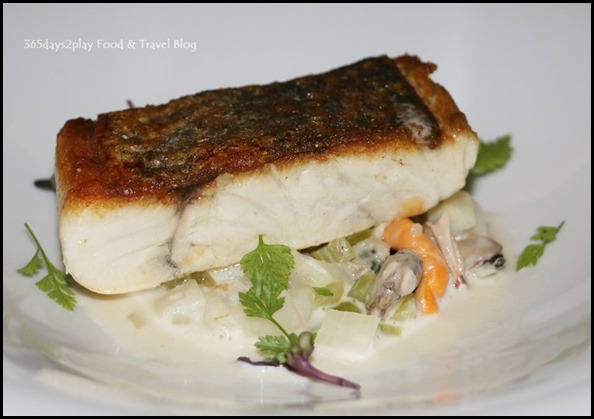 Marriott Pool Grill - Pan-fried sea bass, white asparagus, clams, mussel chowder