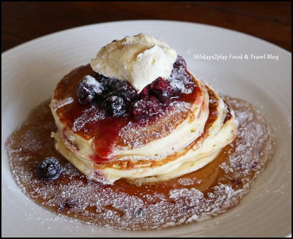 Lamont's - Buttermilk Pancakes with Mascarpone and berries $18.50  (1)