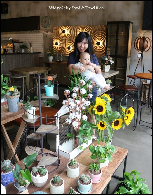 Knots Cafe and Living (1)