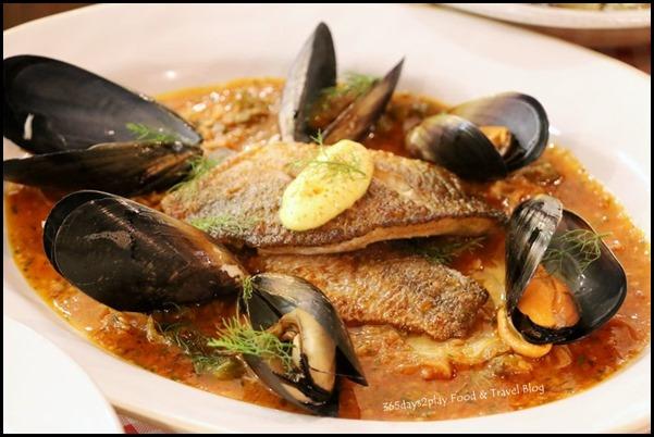 Jamie's Italian Christmas - Seabass (2)