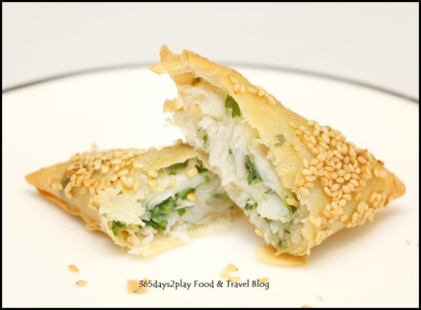 Avenue Joffre - Deep-fried Golden Pockets with Sliced Mandarin Fish Filling (1)
