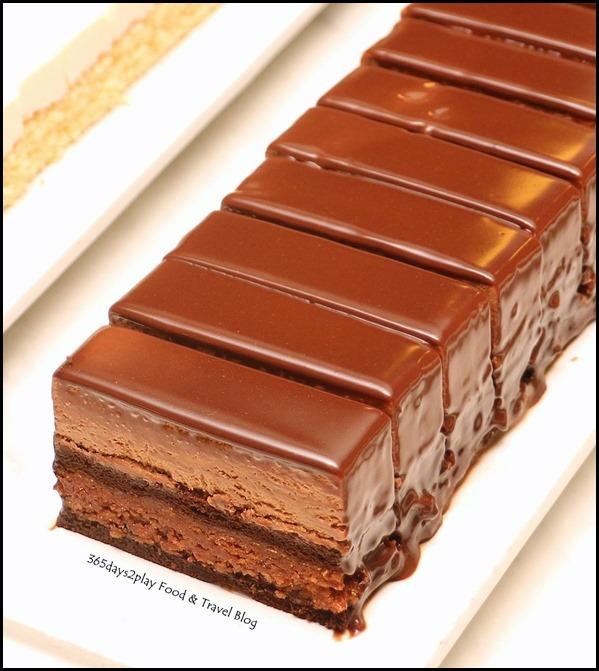 Marriott Cafe - Decadent Chocolate Cake (2)