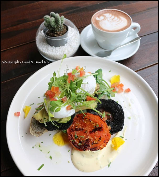Botanist - Egg Florentine (portobello mushroom, wilted spinach, avocado, poached eggs, tomatoes, chive hollandaise served on toast) $19 (4)