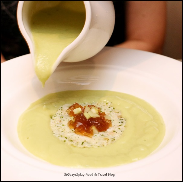 The Knolls - Lime-flavoured avocado chilled veloute, snow crab rillettes & pink peppers $34
