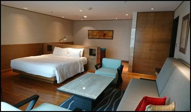 Grand Mercure Singapore Roxy Business Suite (3)