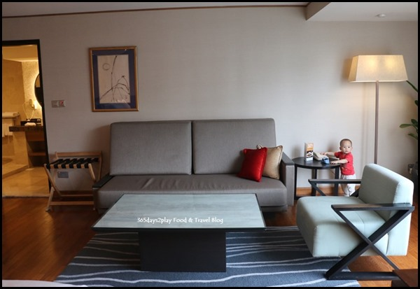 Grand Mercure Singapore Roxy Business Suite (4)