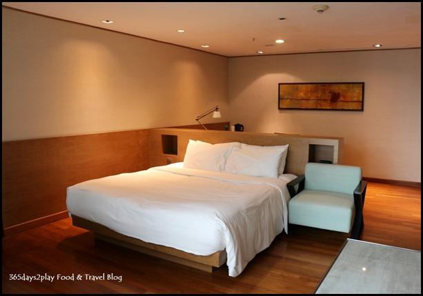 Grand Mercure Singapore Roxy Business Suite (7)
