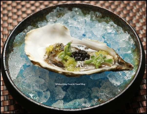 ME@OUE - Freshly Shucked St. Vaast Oyster