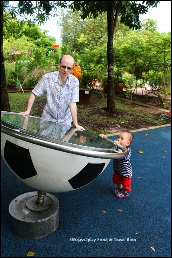 Baby Edward having fun at Hort Park (35)