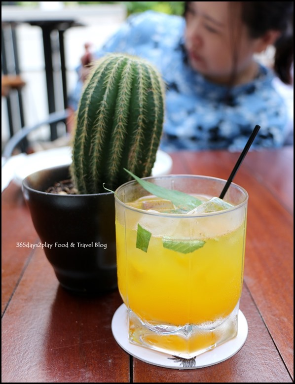 Botanico at The Garage - Tumeric Twist drink