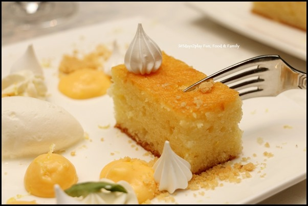 Marriott Hotel Pool Grill - Lemon Sponge (1)