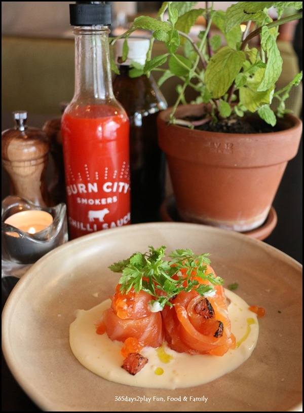 Grand Hyatt Melbourne Collins Kitchen - Cured salmon, smoked salmon roe, grapefruit, creme fraiche