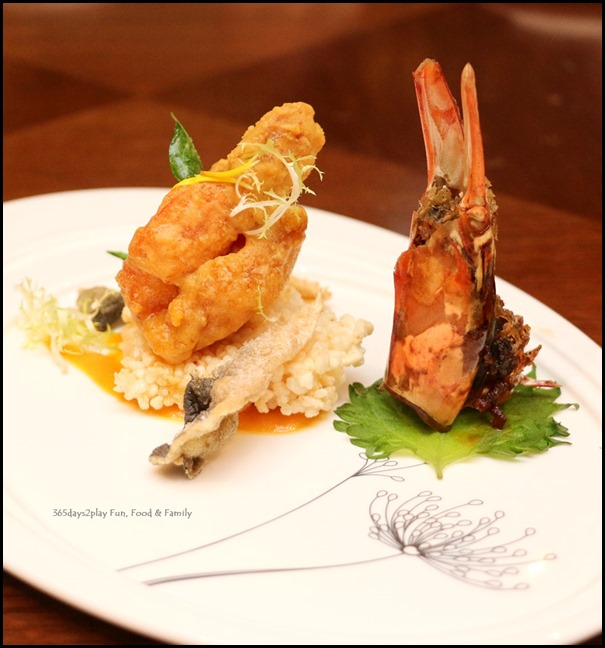 Pan Pacific Singapore CNY 2018 -  sauteed king prawns with crispy fish skin in salted egg yolk sauce
