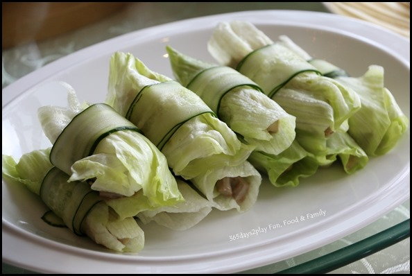 Dragon Bowl Restaurant - Diced duck meat with special sauce wrapped with lettuce (2)