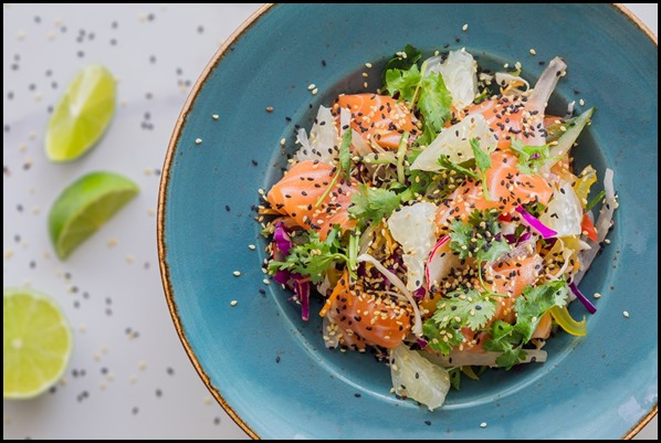 Verde Kitchen - Salmon Sashimi & Pomelo Salad ($27  )