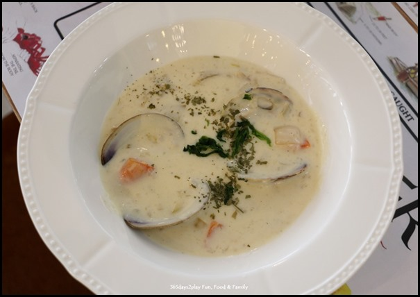 Greenwood Fish Market - Seafood Clam Chowder $11.95