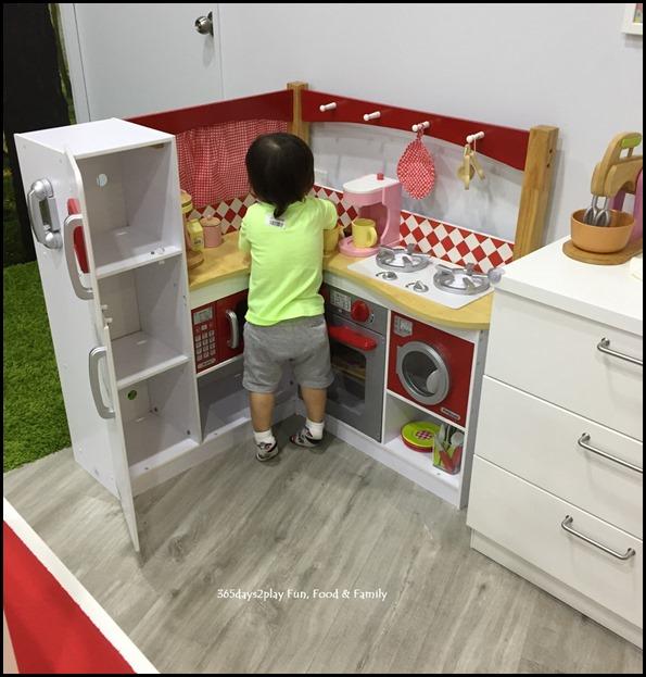 The Joy of Toys (24)
