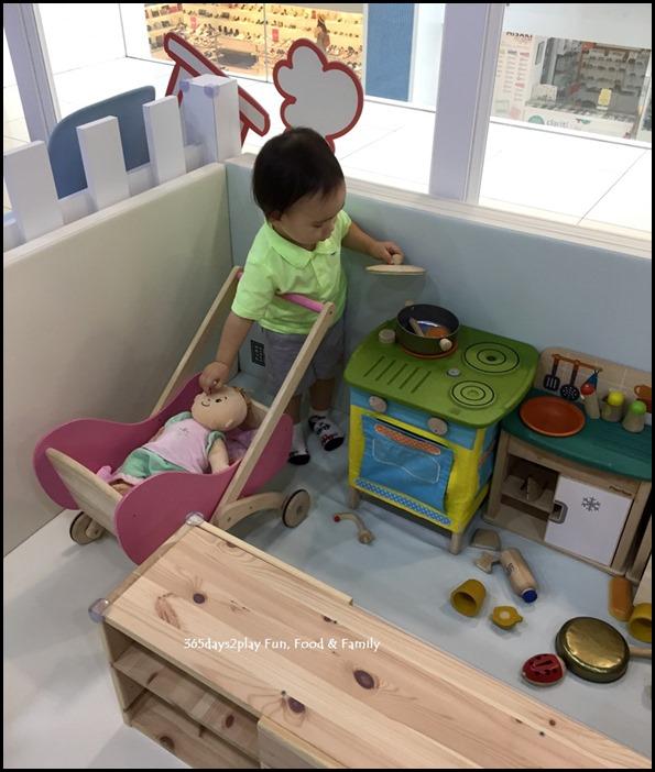 The Joy of Toys (4)