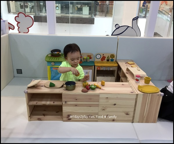 The Joy of Toys (7)