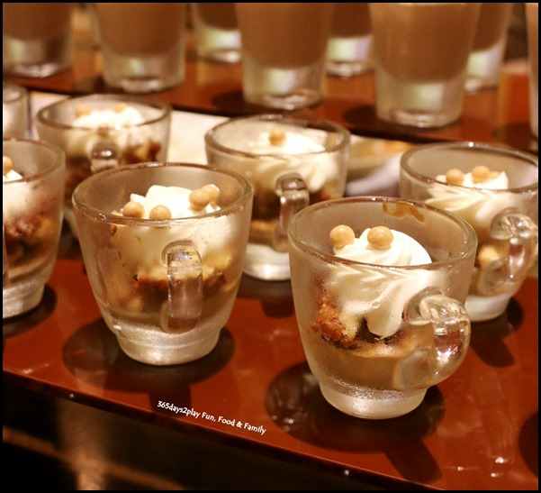 Fullerton Hotel Chocolate Buffet (12)