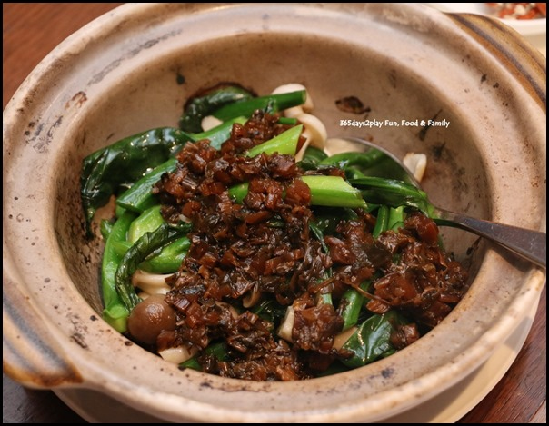 Hai Tien Lo Claypot dishes - Hong Kong Kai Lan with Preserved Vegetables and Pine Mushrooms