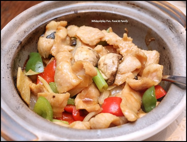 Hai Tien Lo Claypot dishes - Pork Shoulder with Assorted Bell Peppers in Truffle Oil