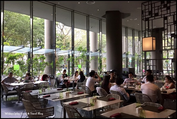 PARKROYAL on Pickering Lime Restaurant dining area (2)