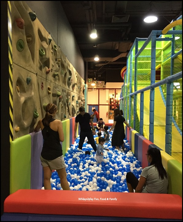Tayo Station - Ball Pit and climbing wall
