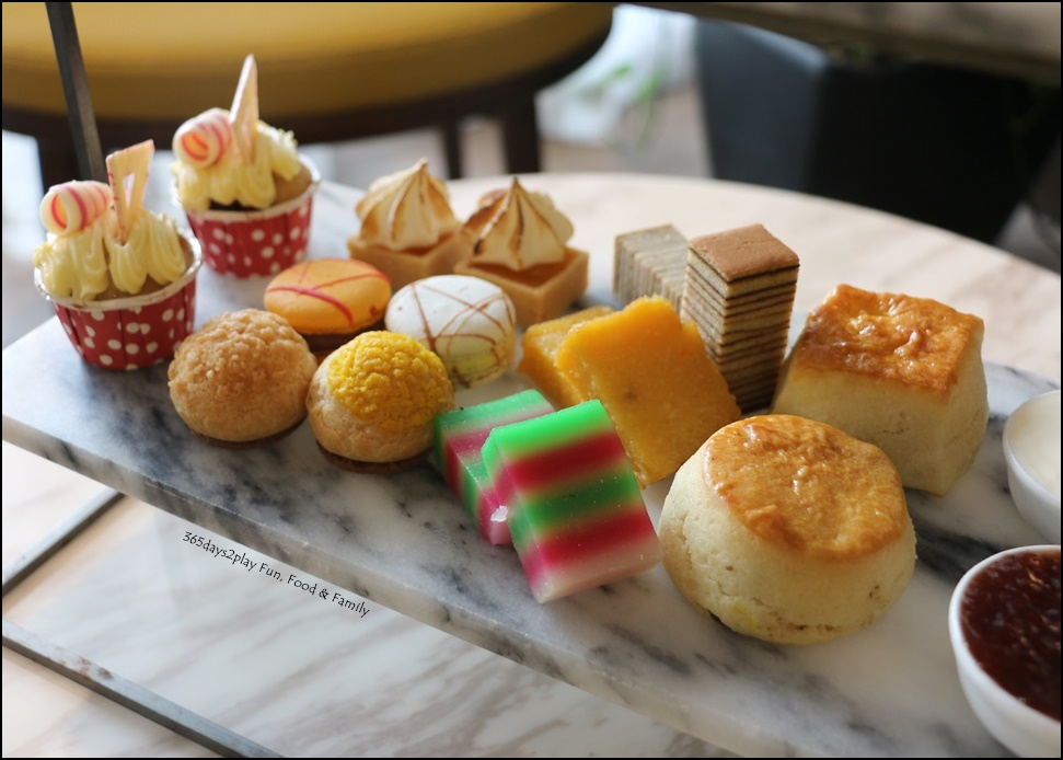 Afternoon Tea at Swissotel Merchant Court
