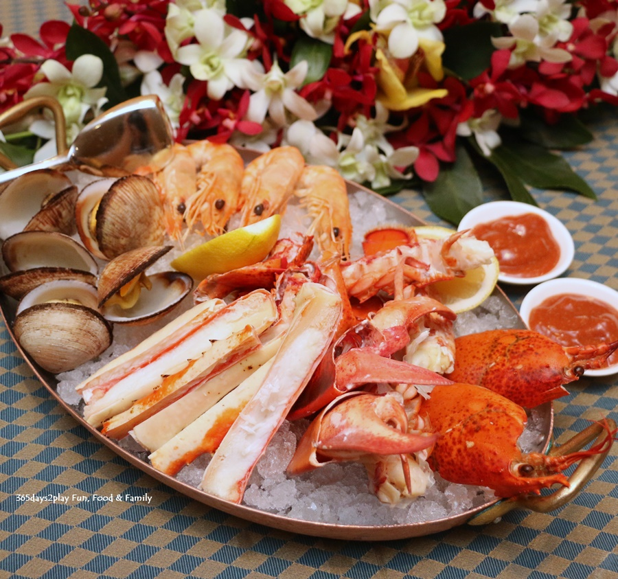 Four Seasons Hotel Singapore - Seafood and Raw Bar