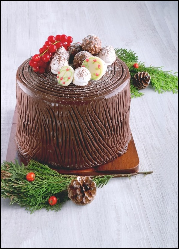 Cedele Chocolate Matcha Logcake Block ($75)
