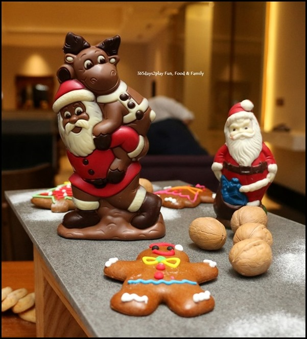 Festive Log Cakes and chocolates at Swissotel Merchant court (1)