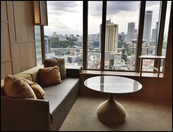 PARKROYAL on Pickering - Orchid Club Junior Suite (2)