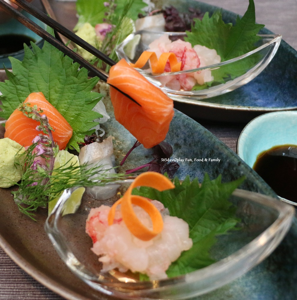 Rizu - Ikedukuri Sashimi (Live Lobster and Four Kinds Sashimi)