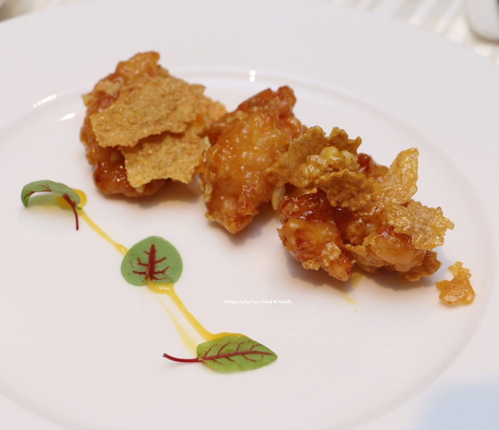 Wan Hao Marriott Chinese New Year Menu - Deepfried lobster with passion fruit mayonnaise & cereal