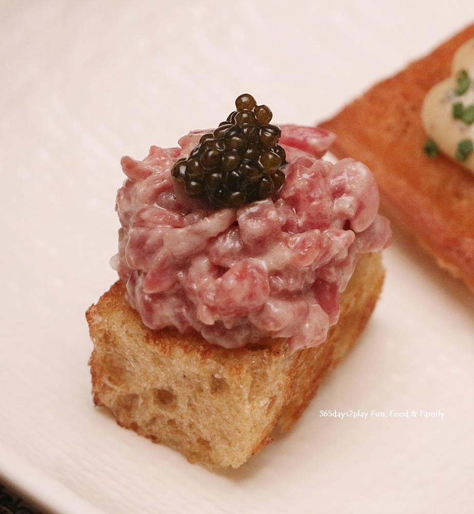 Beef & Carviar $18 3 pcs