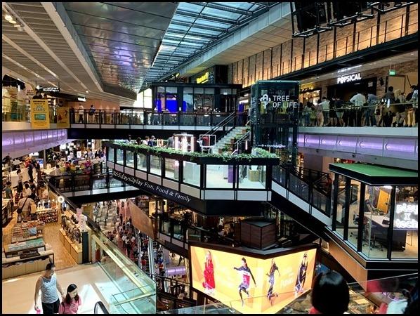 Funan Singapore (7)