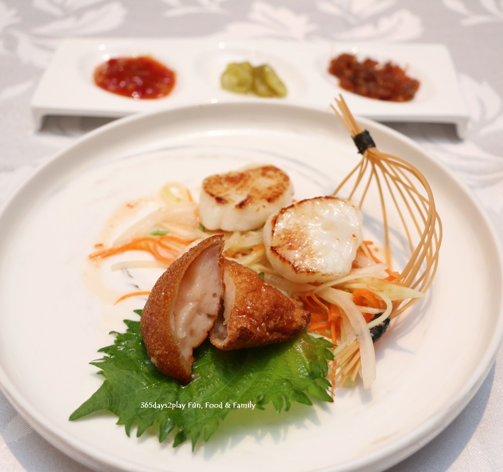 Hai Tien Lo - Pan-fried Scallop and Sliced Crispy Barbecued Suckling Pig stuffed with Prawn Paste in Thai Sauce