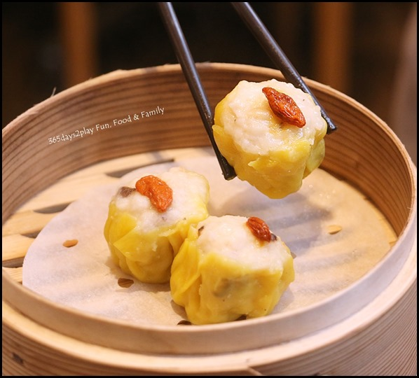 Tim Ho Wan - Prawn & Pork Dumplings (Siew Mai) $5