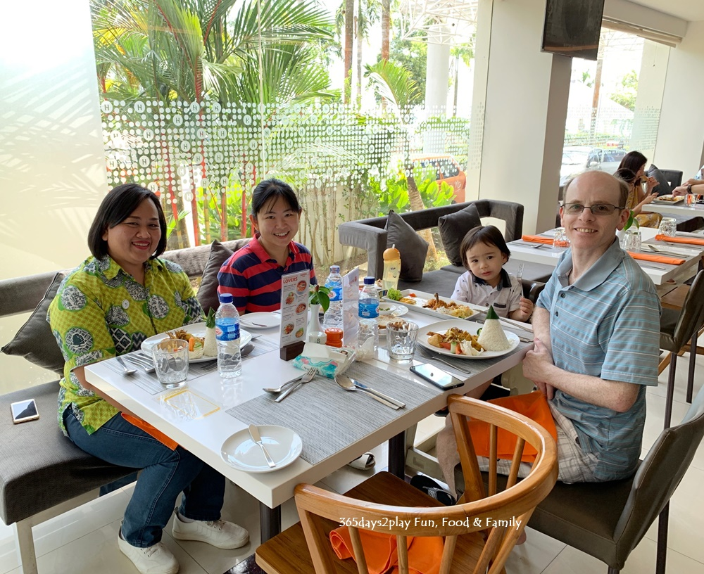 HARRIS Resort Waterfront Batam - Happy Customers