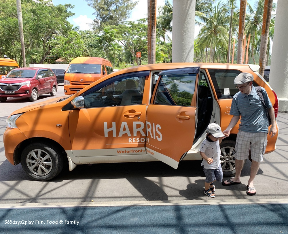 HARRIS Resort Waterfront Batam - Harris Van