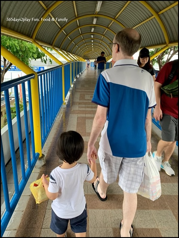 Walking from Batam Centre Ferry Terminal to Batam Mega Mall