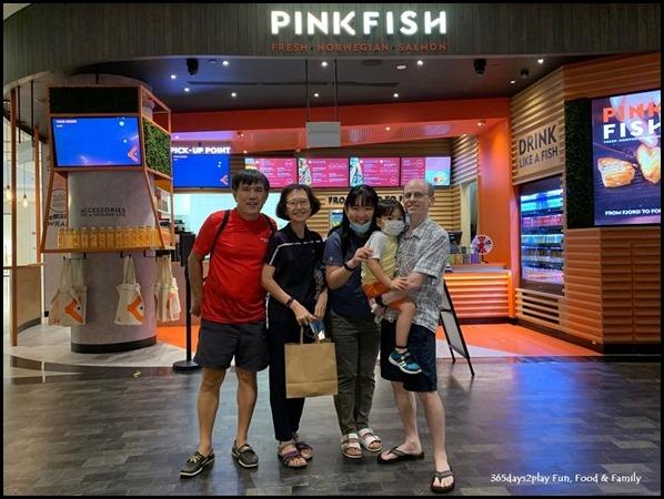 Pink Fish at Jewel Changi Airport (7)