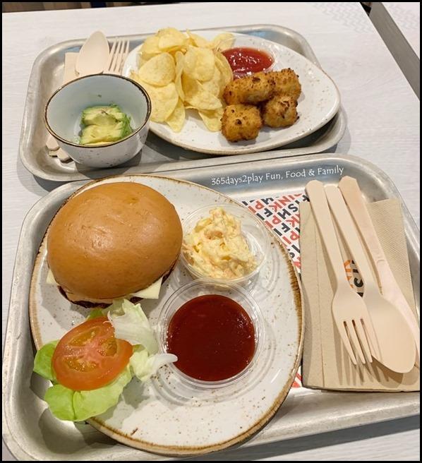 Pink Fish at Jewel Changi Airport - Do it yourself burger