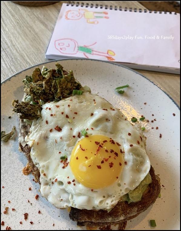Kara Cafe & Dessert Bar (12)